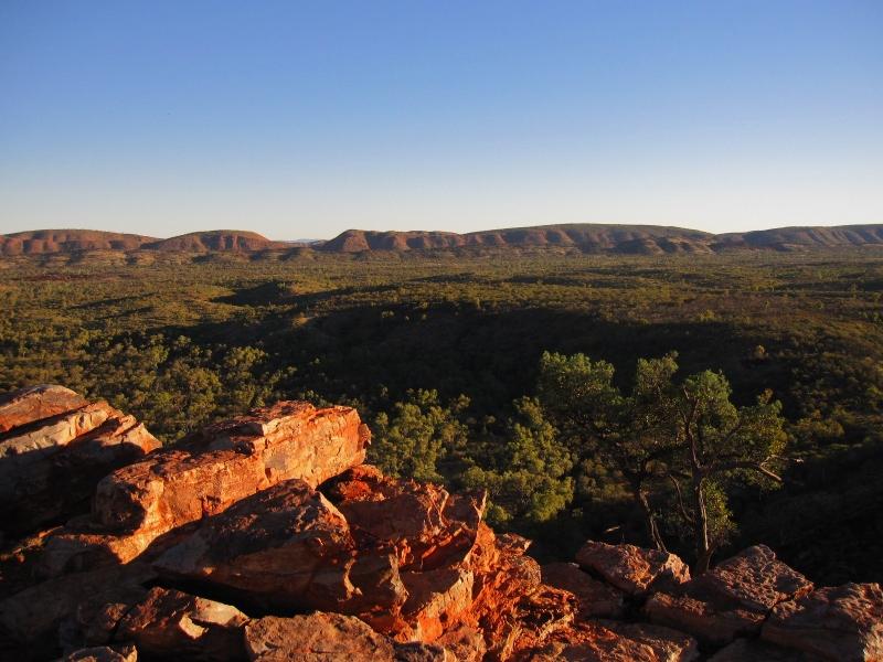 MacDonnell Ranges – Alice Springsin kaalimatovuoret