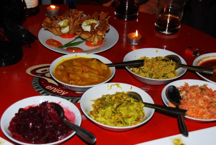 srilankalaisia curryja