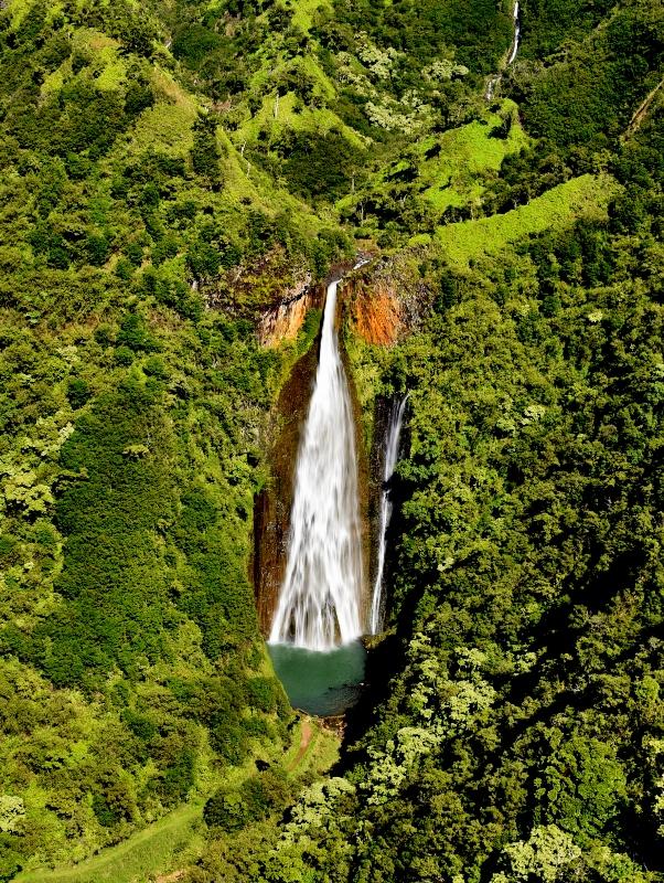Jurassic Falls, Kauai