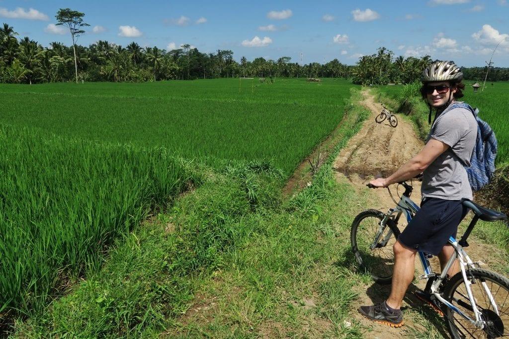 Pyöräretki Balin riisiterasseilla
