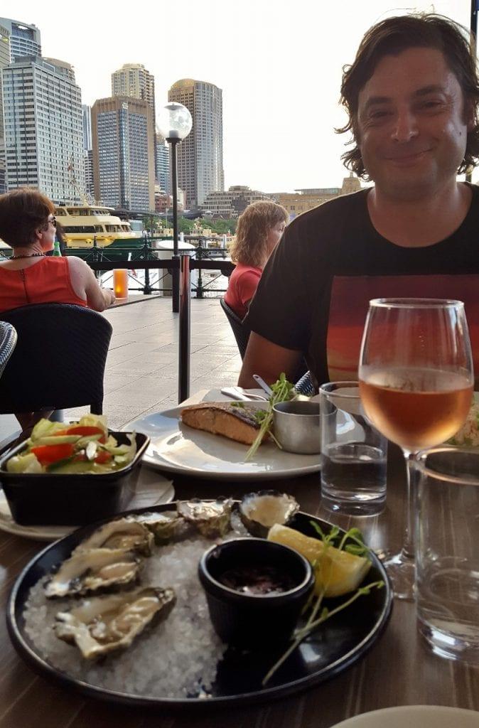 Illallinen Sydneyssä