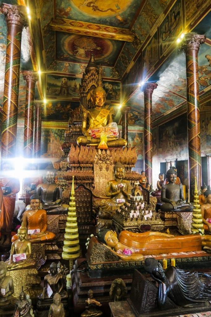 Wat Phnom, Phnom Penh